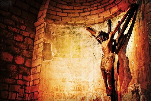 John 18:1 -- 19:42 - Holy Textures
